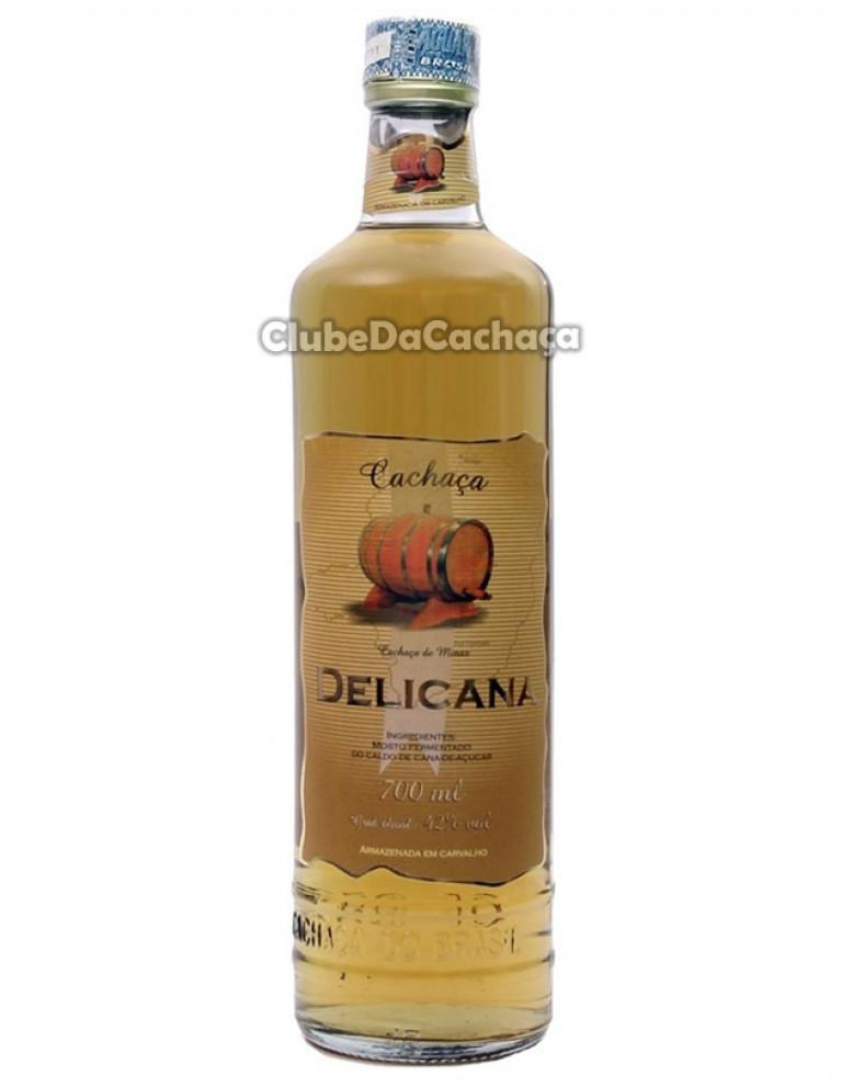 Cachaça Delicana Ouro 700 ml